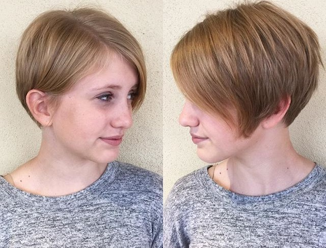 Short Hairstyling Ideas For Round Face3